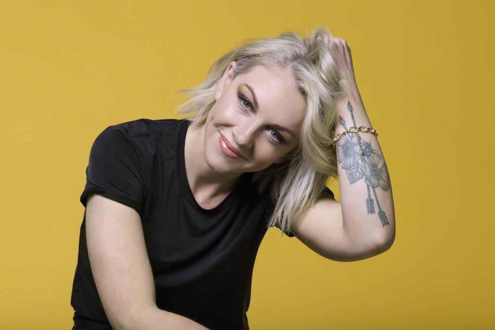 Lesley Roy representerer Irland i Eurovision 2021